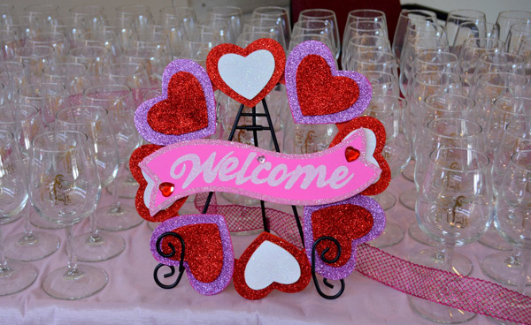 Glasses with Welcome Sign